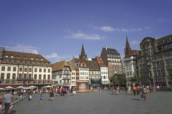 Strasbourg retrouve de l'attrait, 8ème ville où investir en 2016