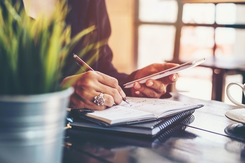 Acheter en été : comment boucler son projet et négocier son taux immobilier ?