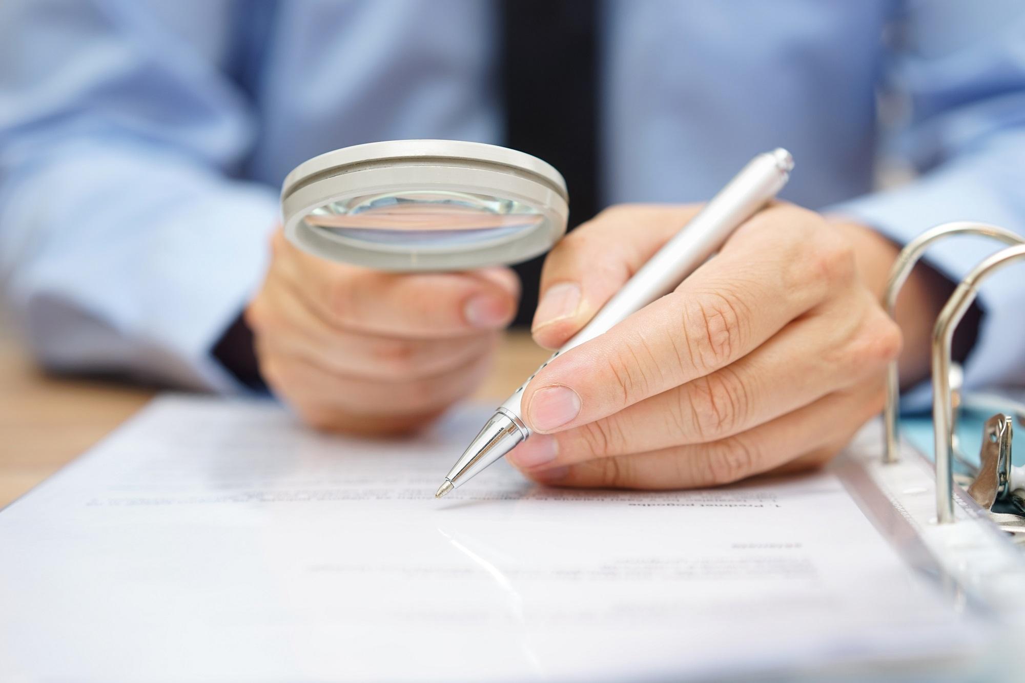 Achat sur plan : quelles précautions prendre avant de signer ?